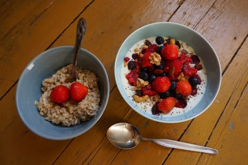 fruit-berry-sweet-bowl-dish-meal-1040927-pxhere.com